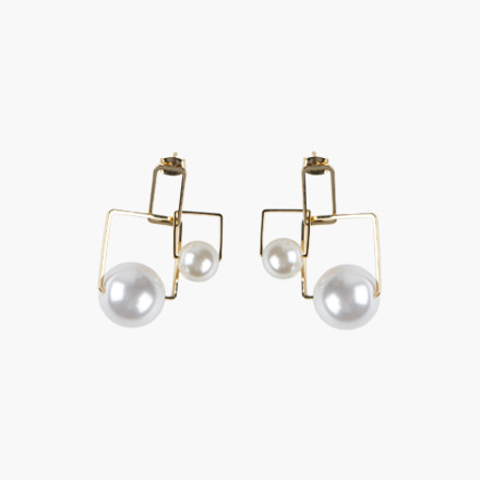 square pearl pierce